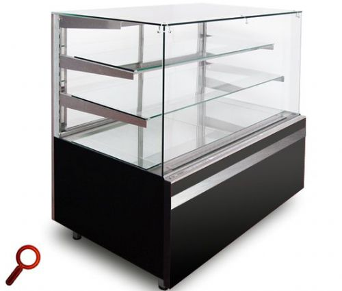 Igloo GLN-1300 CUBE Ambient Display Cabinet